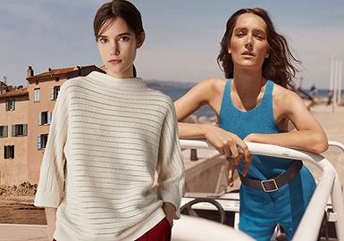 Massimo Dutti,西班牙的時尚品牌,創立于1985年11月,以男裝起家。1995年發布女裝系列,Massimo Dutti女裝專為年齡在25至45歲的都市中上階層的女性而設計,她們成熟,優雅,時尚且不盲目追逐潮流,擁有充滿自信的個人風格。Massimo Dutti女裝系列期望創造出表現個人風格和品位的時裝,同時又融入國際時裝前沿的潮流。