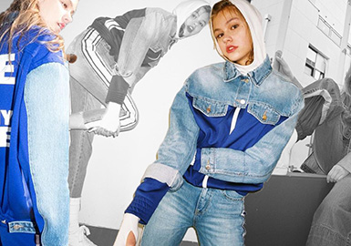 SJYP與SJYP Black是韓國設計師品牌Steve J & Yoni P的副線品牌,以街頭運動元素、簡約時髦的復古牛仔、潮味十足的風格在時尚界占據著超高的人氣,衛衣、牛仔、外套隨便一件都是明星同款。其主打衛衣和丹寧,兼具時尚潮流和實穿性,既接地氣又不落俗套。