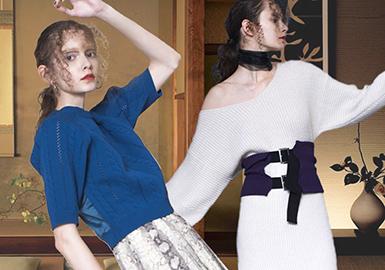 MURUA品牌是日本知名服装公司MARK STYLER旗下的品牌之一,于2006年由荻原桃子(momoko ogihara)创立。设计师MOMOKO以其个性鲜明的设计理念大胆的展现了内在坚强的女孩,也渴望尝试可爱的服饰。MOMOKO特别偏爱黑色等深色系的元素,因此设计出来的单品,不论是春夏还是秋冬,都会看到黑色等深色系的商品,而这也成为MURUA这个品牌的独特形象。