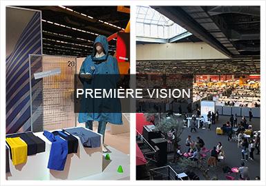 近期,匯聚了全球頂級面料織造商的Première Vision面料展會于巴黎拉開帷幕。本屆2020春夏PV展會共吸引了來自50個國家的1782名參展商,通過梭織、針織、皮革、印花等幾大品類,為時尚領域的發展提供著完善的綜合平臺。另外,此次Première Vision面料展會關注的重點是面料的環保與創新,男裝面料也完美的演繹了這一重要的潮流風向標。