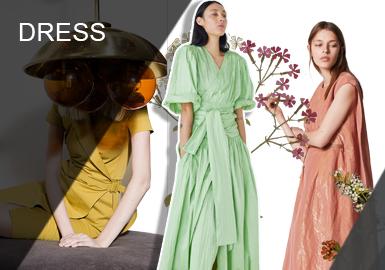 連衣裙曾是中世紀之前女性的日常穿著,作為每個女人都有的必備單品之一,連衣裙的重要地位不可撼動;然而在新一季中,連衣裙在色彩、廓形、面料以及工藝細節都進行了很大的改變。尤其是令人舒適感倍增的棉麻面料很適合秋季連衣裙設計、以及連衣裙的風格感受中也是借鑒法式浪漫裙型設計特點彰顯女性獨特魅力裙型。這些設計特點都將成為2020早秋連衣裙的主流設計之一。