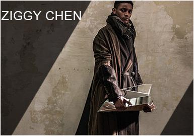 ZIGGY CHEN品牌的成衣作品以宋、清和民国时代为灵感,凸显其与中华传统的深厚渊源,同时又探寻创新的缝纫和剪裁工艺。 高超的原创设计与西方文化和中国传统古代设计交织在一起,他运用创新的缝纫和建筑技术,完成了完美的作品。轻盈的亚麻夹克、休闲版型的裤装、修长衬衫和简约 T 恤以解构主义裁制为特色,彰显精心采购的织物、含蓄的大地色调和非凡的修饰。