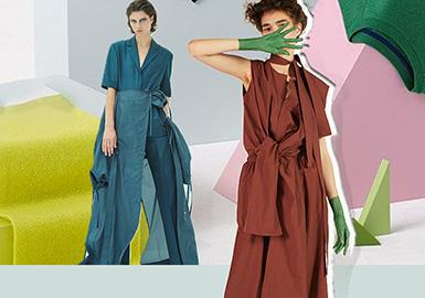本篇报告以解构设计为主线,对设计师品牌款式进行综合分析?!敖夤埂贝诱苎Ц拍钛苌潦弊胺绺?,是一种多元化艺术,从平面到立体的解构设计是新一代女性追捧的热度话题。简约的设计展现女性精致优雅的淑女风格,解构的设计手法凸显新一代女性张扬不局限的内心呼声。从不同的单品出发,分析新一季设计师们的创意手法,和热门的设计细节。