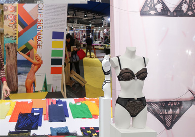 回收、生物及天然纤维的开发和混纺是创新的核心,并持续影响蕾丝外观,未漂原色和未染色质感盛行。 高性能贴服舒适无缝工艺提升内衣与泳装版型。结实网眼面料呈现透明质感,迎合内衣外穿主题。 极简主义风格适合盛夏。醒目撞色和金属色处理理想适用于内衣、泳装和配饰。鲜艳用色与新式兽纹图案开发相辅相成。 设计感花朵以简约形态展现清新与纯真。叶子与枝蔓引领应季方向。 现代几何图案适用于针织与梭织。深色装饰性蕾丝与复古刺绣彰显新意。