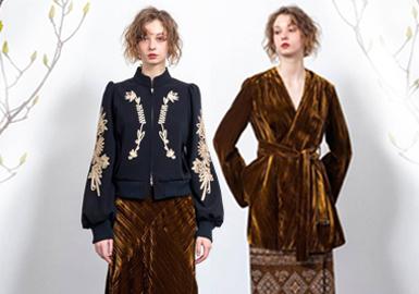 """Akihiko Kimura毕业于BUNKA Fashion College,2010年成立个人设计品牌""""LOKITHO"""",设计理念是""""For Witty Women"""",透过观察女性日常的穿著,启发设计灵感,利用日本传统及细致剪裁技巧,着重外型与面料的质感,拥有日本独立设计师中少有的奢华浪漫气质,专注于优雅精致的风格和面料。"""