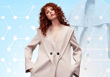 数据根据pop8-9月份月内用户对大衣的下载互动数据,进行的数据整理分析。大衣的关注风格依然以简约中淑风为主且呈增长趋势,与此同时月内对于少淑女风和时尚休闲风格下的单品的关注度对比上个月的数据有所减少。廓形上收腰廓形小幅度增加,工艺方面不再关注褶皱更偏向于拼接和饰边工艺。